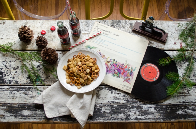 christmas-chex-mix-recipe-grit-and-glitter (5 of 13)